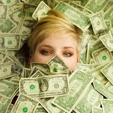 fata in bani
